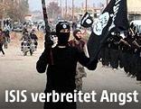 Parade von ISIS-Kämpfern