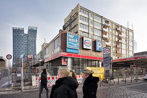 Die bereits geräumten und von Einsturz bedrohten Esso-Häuser auf der Reeperbahn in Hamburg-St. Pauli.
