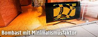 Monitor mit Teletext-Kunst