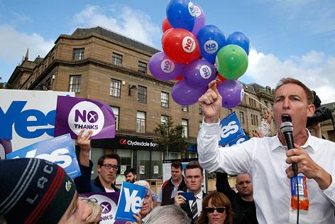 Abgeordneter Jim Murphy wirbt für den Verbleib bei Großbritannien