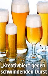 Verschiedene volle Biergläser