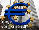 Euro-Symbol vor dem EZB-gebäude in Frankfurt