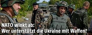 Ukrainische Soldaten bei einem Checkpoint nahe Perwomajsk
