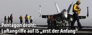 Kampfflugzeuge auf einem amerikanischen Flugzeugträger