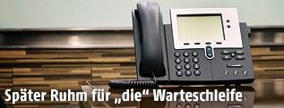 Telefonapparat in einem Besprechungszimmer