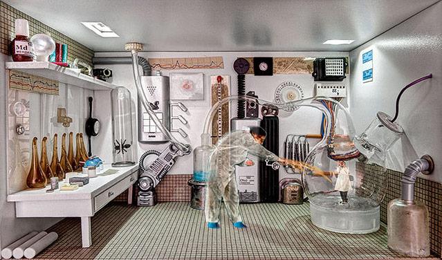 """Kunstwerk von Marina Alexeeva mit dem Titel """"Laboratory"""" zeigt einen Mann in einem Labor"""