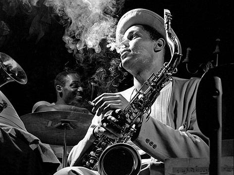 Dexter Gordon fotografiert von Herman Leonard