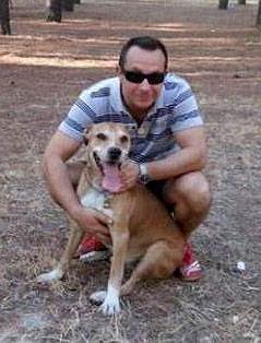 Ehemann und Hund der mit Ebola infizierten spanischen Krankenschwester Teresa Romero Ramos