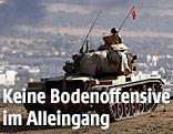 Türkischer Panzer vor der Stadt Kobane