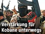 Bewaffnete, kurdische Peshmerga-Kämpfer