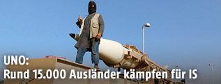 IS-Kämpfer bei Miliärparade