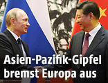 Russlands Präsident Wladimir Putin mit Chinas Präsident Xi Jinping