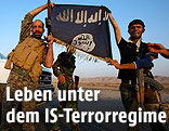 Schiitische Miliz mit IS-Flagge