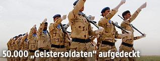 Soldaten der irakischen Armee marschierend