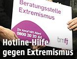 Präsentation der Beratungsstelle Extremismus und Deradikalisierungs-Hotline