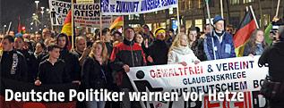 Demonstranten bei einer Pediga-Veranstaltung