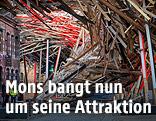"""Eingestürzte Installation """"The Passenger"""" des belgischen Künstlers Arne Quinze"""