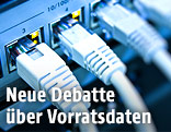 Netzwerkkabel an Server