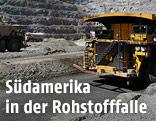 Lastwagen in einer Kupfer-Mine in Chile