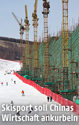 Skifahrer im Skigebiet Chongli in China