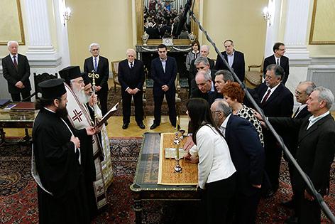 Griechenlands neue Regierung bei der Angelobung