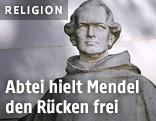 Statue von Augustinermönch Johann Gregor Mendel