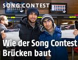 Zwei Käufer von Song-Contest-Tickets