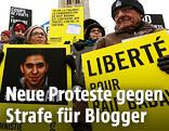 Demonstranten und Ensaf Haidar, die Ehefrau von Menschenrechtsaktivist Raif Badawi