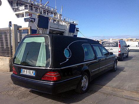 Leichenwagen auf Lampedusa
