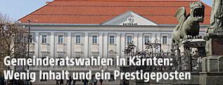 Lindwurm und Rathaus in Klagenfurt