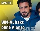 Fernando Alonso mit Ärztinnen