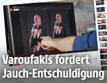 Screenshot aus Neo Magazin Royale mit einem Monitor, der eine Bildmontage von Yanis Varoufakis zeigt