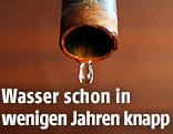 Tropfen Wasser aus einem Wasserhahn