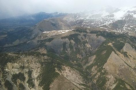 Blick auf das Absturzgebiet in den französischen Alpen
