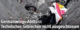 Wrackteile der abgestürzten Germanwings-Maschine