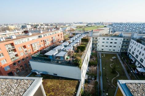 Blick auf sozialen Wohnbau Anton Baumgartnerstraße