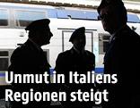 Polizei kontrolliert Zug in Italien