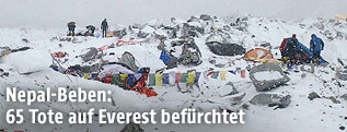Lawine am Everest Base Camp