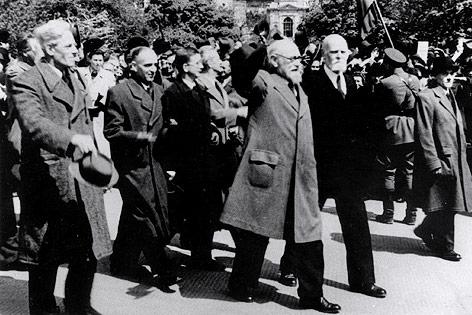 Staatskanzler Karl Renner nach der Konstituierung der provisorischen Staatsregierung