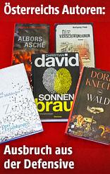 Fünf Bücher liegen im Gras