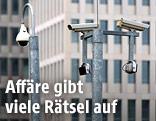 Kameras vor dem BND-Gebäude
