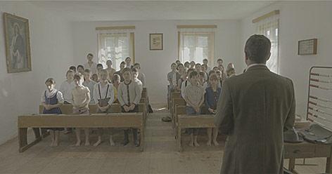 """Szene aus dem Dokumentarfilm """"Der Graben"""""""