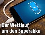Ein Smartphone wird aufgeladen