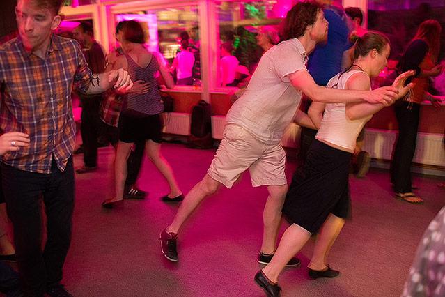 Eindrücke  von einem Lindy-Hop-Tanzabend