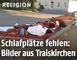Schlafplätze im Freien von Flüchtlingen in Traiskirchen