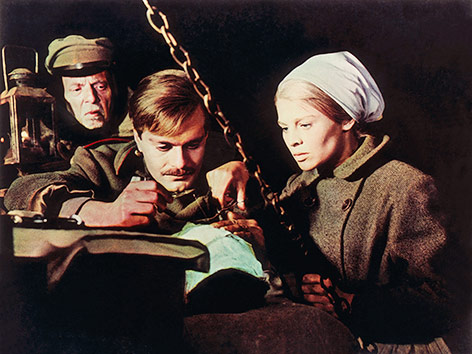 Omar Sharif und Julie Christie in Doktor Schiwago