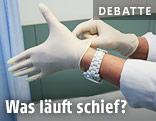 Ärztin zieht Handschuhe an