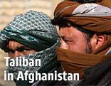 Vermummte Talibankämpfer in Afghanistan