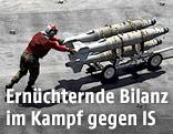US-Soldaten transportieren Raketen