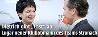 Ex-Team Stronach-Klubobfrau Waltraud Dietrich und der neue Team Stronach-Klubobmann Robert Lugar